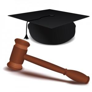 Eine Studienplatzklage kann den erhofften Einstieg ins Wunschstudium erbringen
