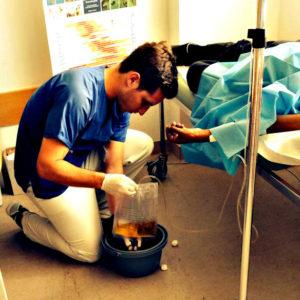 Das Krankenpflegepraktikum muss im vorklinischen Abschnitt des Medizinstudiums für 90 Tage absolviert werden.