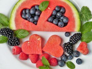 Früchte und auch Honig enthalten Fructose.