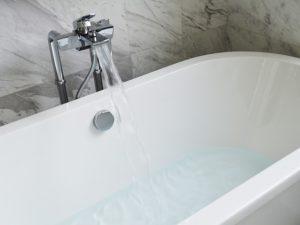 Eine Badewanne kann für viel Entspannung nach Prüfungsphasen sorgen.