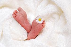 Bei einer Famulatur auf einer Geburtsstation kann man die Freuden des neuen Lebens hautnah miterleben.