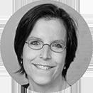 Angelina Bockelbrink gibt ihr Wissen und ihre Erfahrung im Bereich der medizinischen Wissenschaft an junge Mediziner weiter.