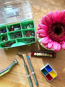 Für den Zahni-Koffer muss es nicht immer das teure neue Werkzeug sein, Gebrauchtes kann eine kostengünstige Alternative sein.
