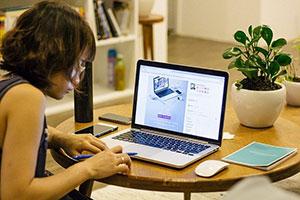 Feste Pausen sind beim Home Office genauso wichtig wie beim Lernen in der Bibliothek - Nur so kann man sich über einen längeren Zeitraum konzentrieren und so effektiv lernen.