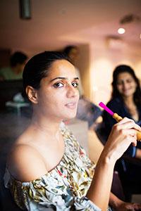 Shisha rauchen ist mittlerweile auch in Deutschland ein populärer Zeitvertreib.